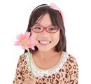 お子さまにメガネはストレス
